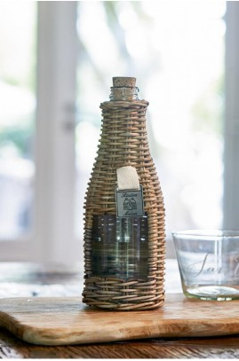 RattanButelkaZOkienk/ Rustic Rattan Window Bottle-577